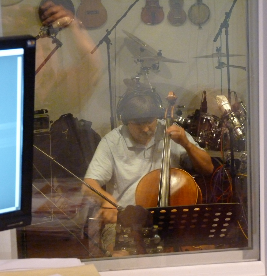Dave Wilson laid down some tracks on the cello and fiddle for Linda's album. He filled in for us in Eureka Springs last summer.